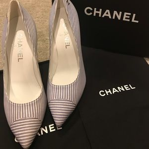 Rehome 4❤️ Chanel Escarpins Blue Strip Pumps